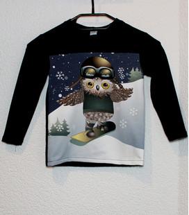 Shirt Uil op Snowboard